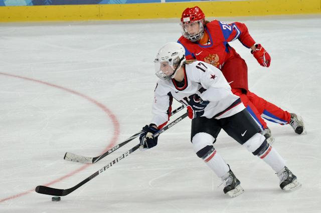 USA-Womens-Hockey-Olympics-4